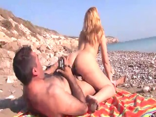 older blonde latin babe screwed on the beach