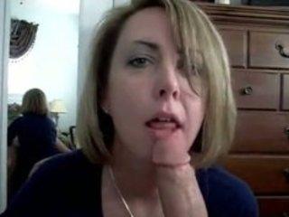 slutty wife shows her sucking skills to the world