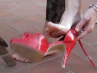 Brunette wife gets her feet licked clean every