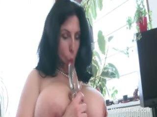breasty aged bbw tries sex toys in shaggy snatch