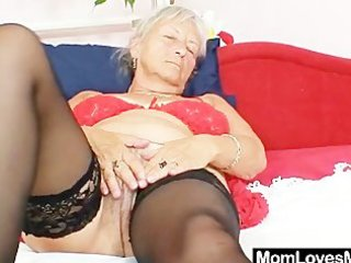 unattractive grandma cecilie toys her curly pussy