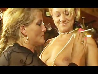 smoking milfs at threesome lesbo action.