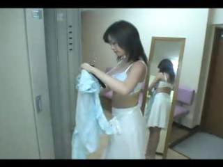 Japanese hot milf in locker room x zerone4x
