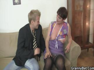 old mommy spreads her legs for hard cock