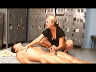hot dom milf gives ball busting hj cs