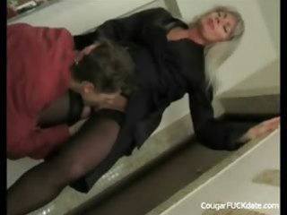unfaitful cougar wife in act