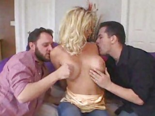 hawt wife in 3some for hubby