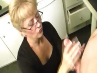 granny gives a decision to milk the lizard