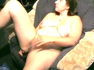 nici wichst is a chubby who is masturbating in a