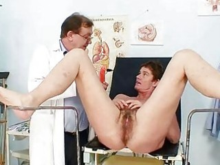 d like to fuck hairy cunt gyno investigation in