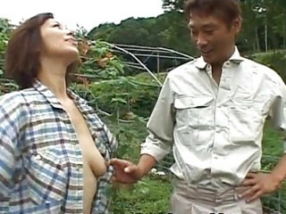 chisato shouda asian older chick gets