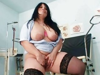 biggest titties amateur mommy rosana spreads her