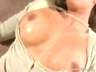 Blonde masturbates and squirts before going down