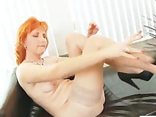 redhead mamma dildos hairy pussy