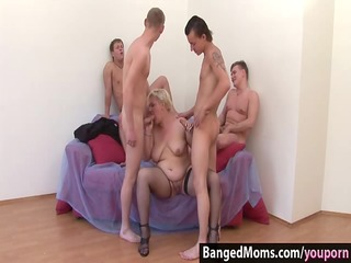 fuck this mommy, guys, and make her cum!