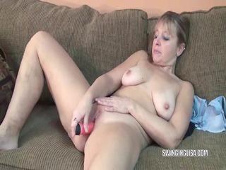 curvy mother id like to fuck liisa is fucking her