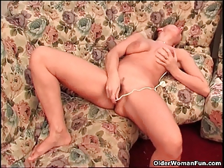 busty granny finger fucks her old bawdy cleft and
