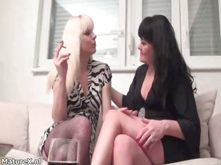 hot blonde and brunette hair lesbos get part2