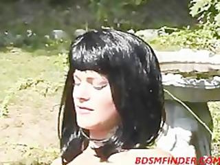 lesbo outdoor encounter