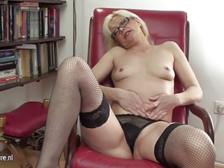 hawt d like to fuck librarian and her old pussy