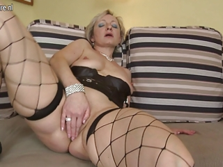 old but still hot grandma and her old pussy
