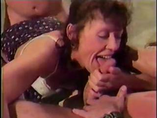 mature dark brown blows two knobs and gets