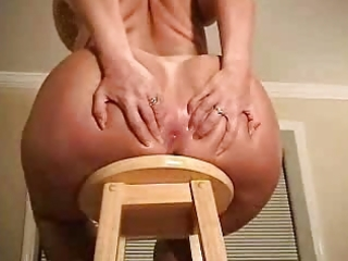 Big butt mature woman