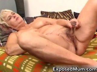 nasty mamma feeling sexy playing part11