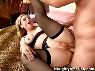 hawt momma nina hartley getting screwed so