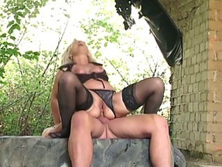 Blonde granny banged hard outdoors by huge young