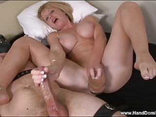 milf masturbates herself during the time that