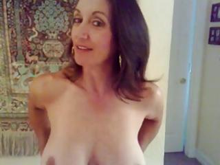 Hot mature - big boobs