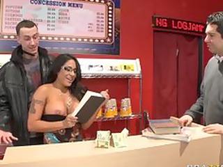 large tit d like to fuck brunette pornstar bonks
