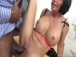 sexy mother id like to fuck receives her soaked