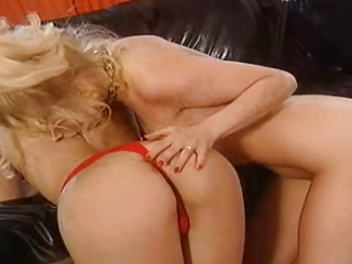 german porn - mature lesbian babes play rough sex