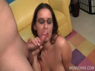 horny mama snatch screwed on bed