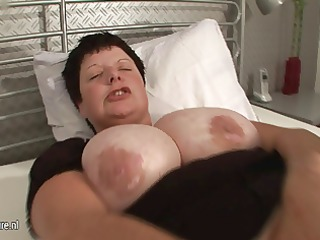 big titted mom squirts heavily when she is cums