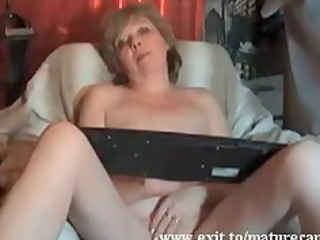 granny magret fingering and big o at home