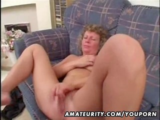 mature non-professional wife home fucking with