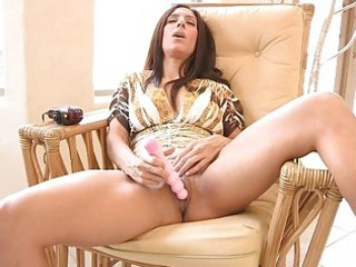 zoey hawt busty latin chick d like to fuck toying