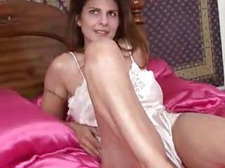 milf closeup cunt masturbation