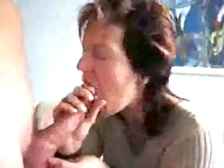 older mom engulfing & swallowing cock juice