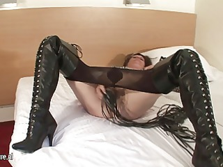 perverted dilettante mommy playing with her wet