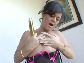 mommy wishes big knob but now gold vibrator hv