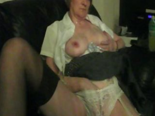 bulky granny is home alone and gives herself some