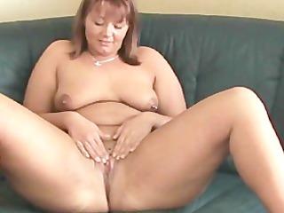 fatty woman loves it in the butt