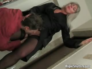 blond mamma dressed in sexy underware part9
