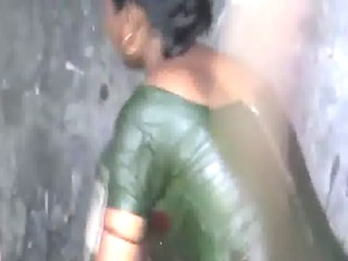 1.Rarehotclip.in - villageCousin sister bath