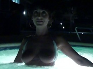 hot tan body mother i