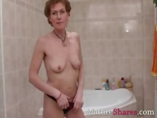hairy mature pees and takes a shower